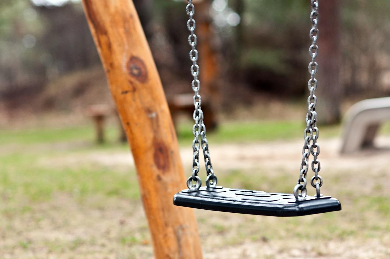 swing-339255_1280